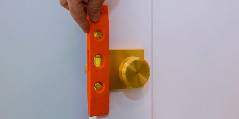 install hardware - Local Locksmith MA