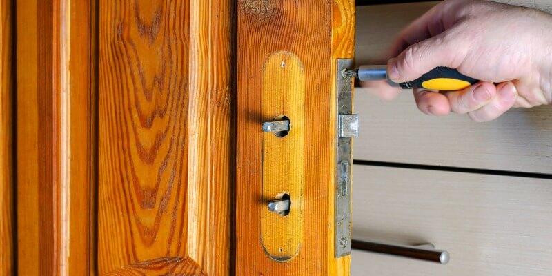 repair hardware - Local Locksmith MA