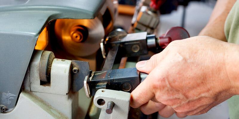 cut car keys - Local Locksmith MA